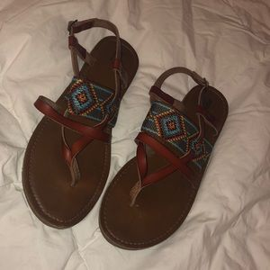 Mossimo supply sandals